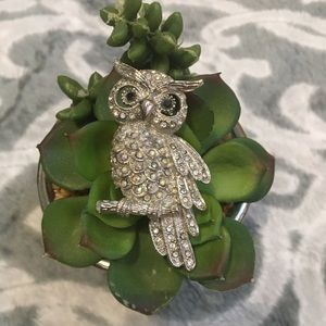 Owl jewel crystal stones pendant necklace brooch